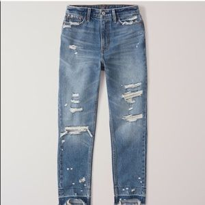 NWT Distressed Mom Jeans